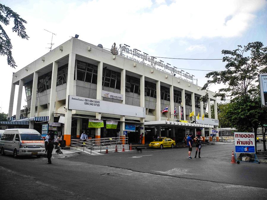 Автовокзал Ekkamai в Бангкоке