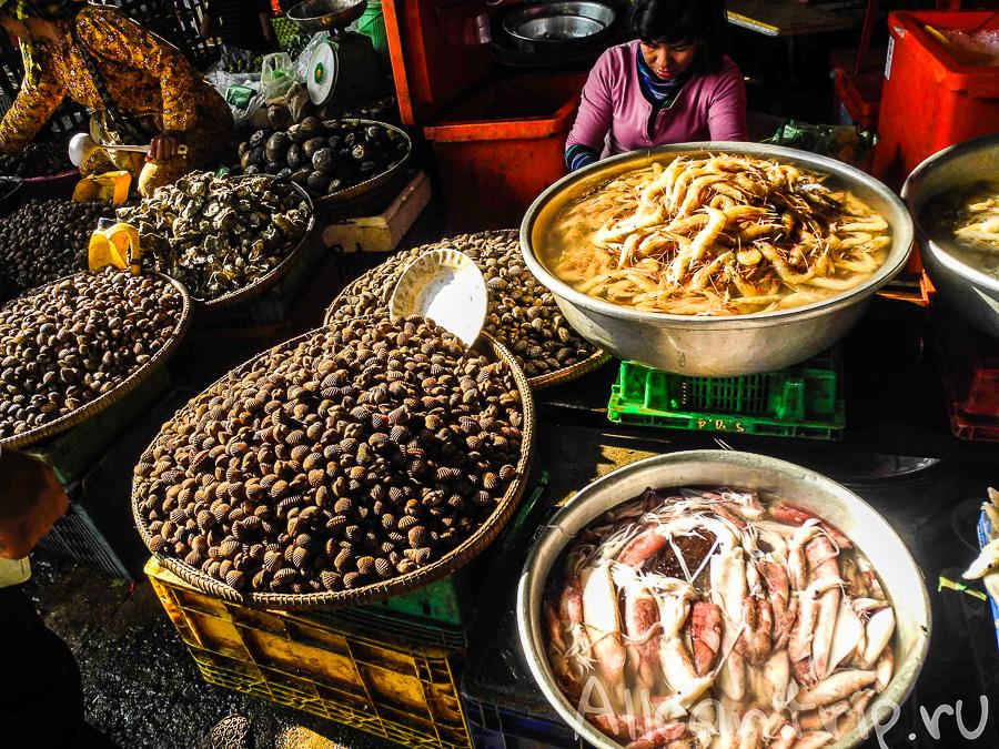 Морепродукты на рынке Phsar Leu в Сиануквиле