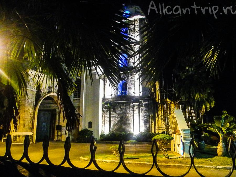 Ночной Тагбиларан - Церковь Saint Joseph Cathedral