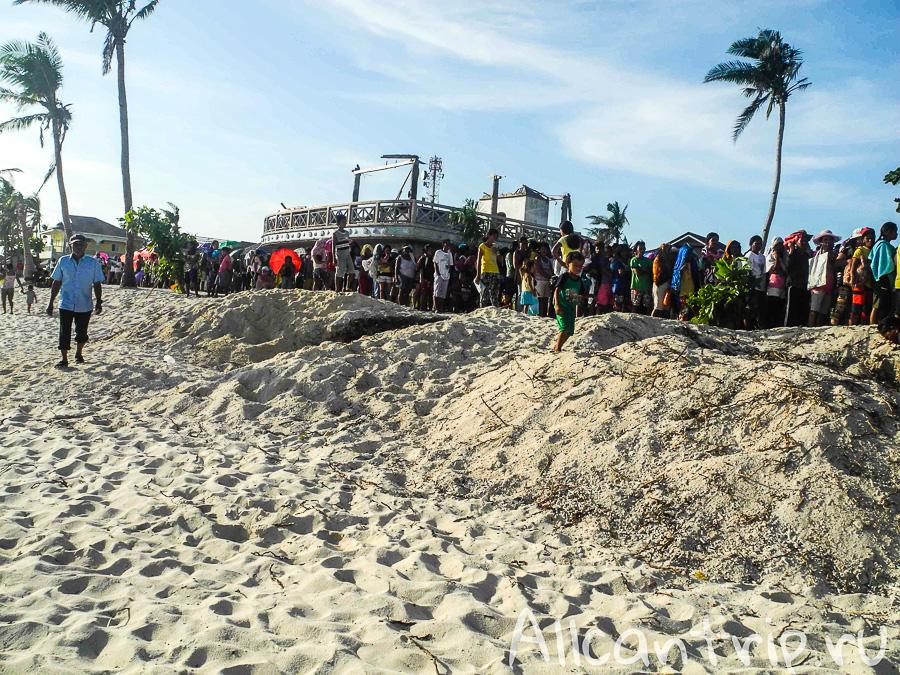 Гуманитарная помощь на Малапаскуа