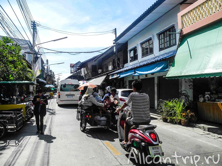 Улицы в Бан Пхе