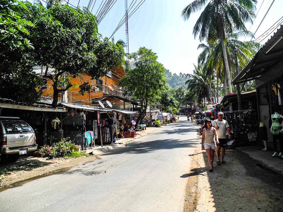 Главная улица Lonely Beach на Ко Чанге
