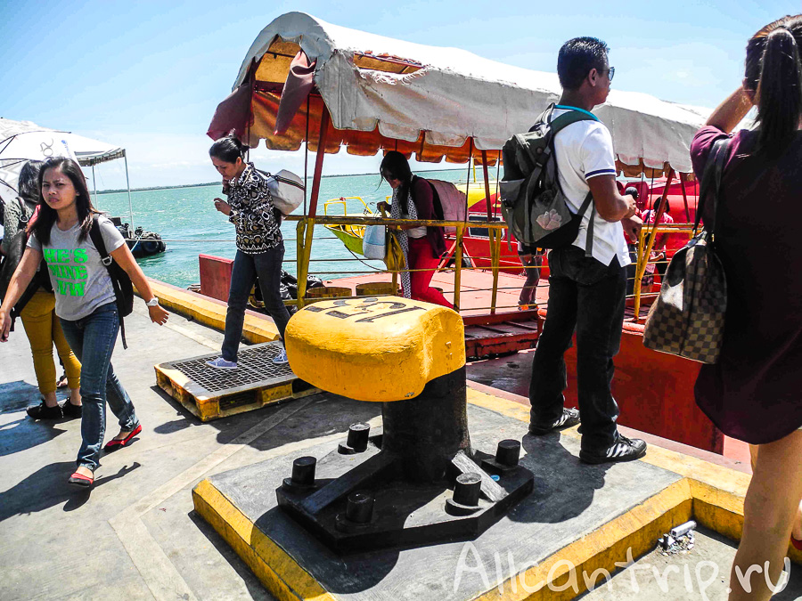 Лодка Тубигон-Себу