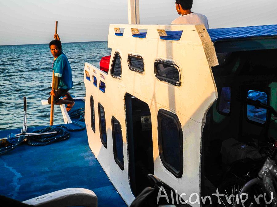 Плывем на ручной тяге до Малапаскуа