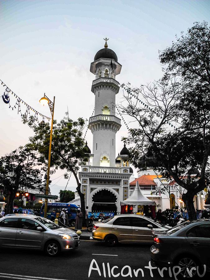Мечеть капитана Келинга в Джорджтауне на острове Пенанг