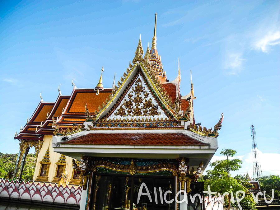 Wat Plai Laem на Самуи