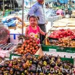 Большой рынок в Ванг Вьенге