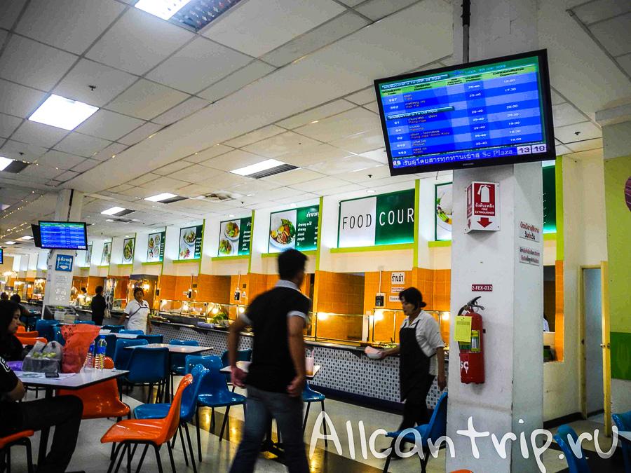 Южный автовокзал Бангкока Sai Tai Где поесть