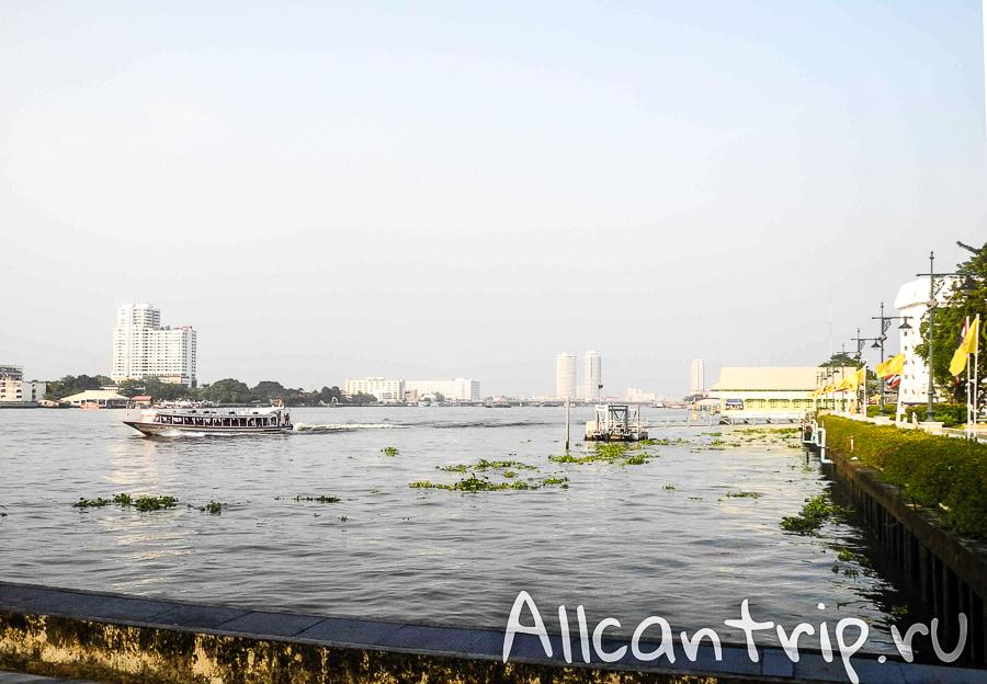 Река Чао Прайя в Бангкоке Chao Praya