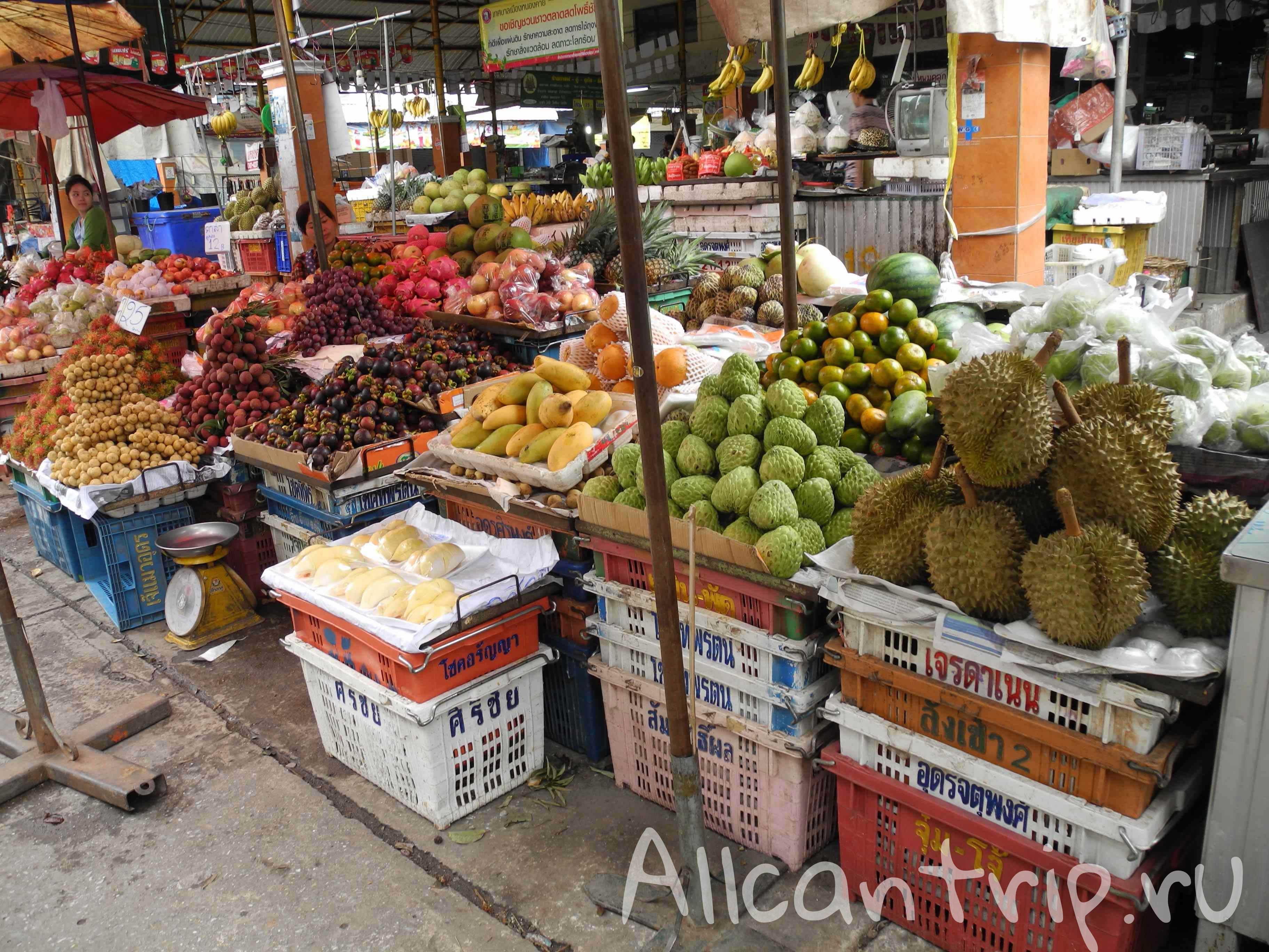 Фруктовый рынок в Нонг Кхай
