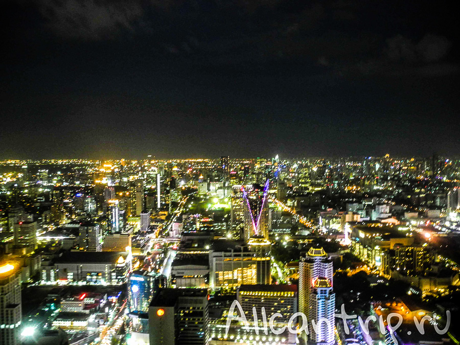 Вид с обзорной площадки Байок Скай, Baiyoke Sky самый высокий отель в Бангкоке