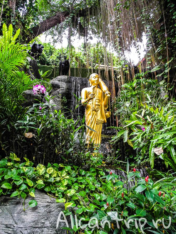Храм золотой горы Ват Сакет в Бангкоке