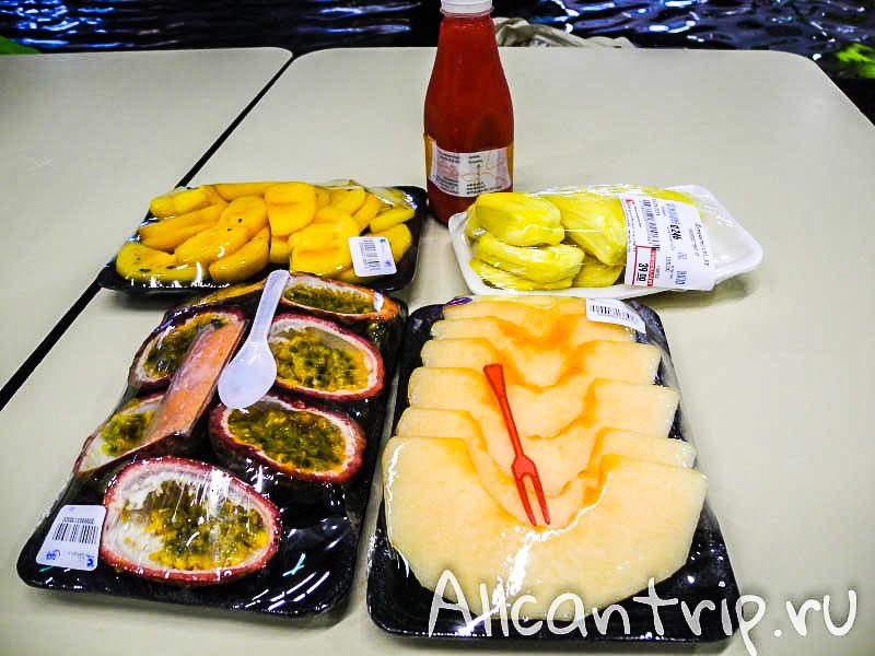 Фруктовый обед в Бангкоке