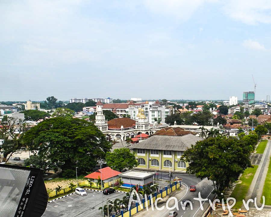 Вид со смотровой площадки Кота-Бару
