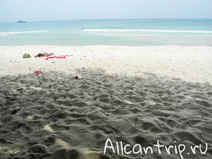 Песок пляжа Чавенг на Самуи