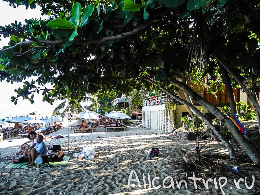 На пляже Ламаи