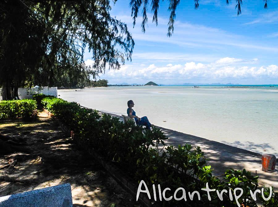 На пляже Nathon Samui