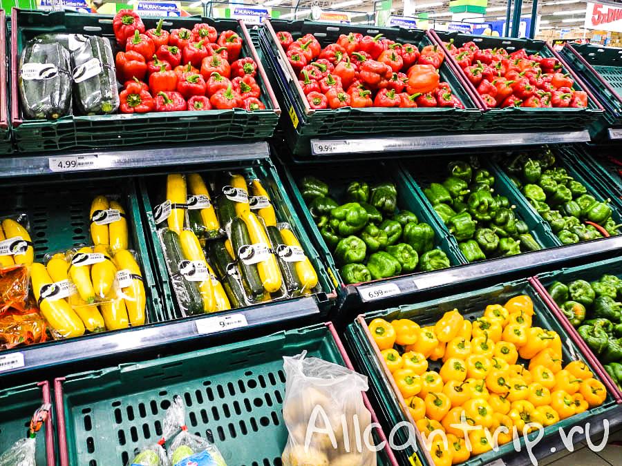 Овощи в теско Кота-Бару