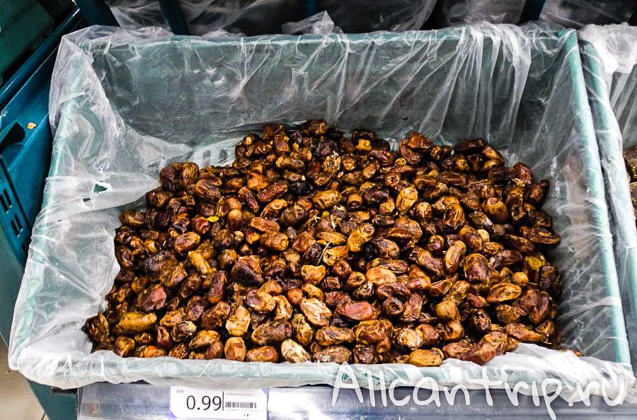 Дешевые финики в теско Кота-Бару
