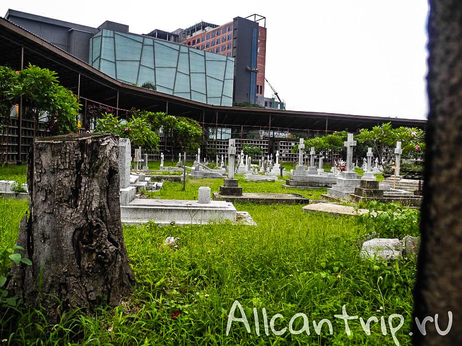католическое кладбище в малайзии