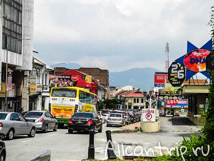 Движение на улице в городе Ипох Малайзия