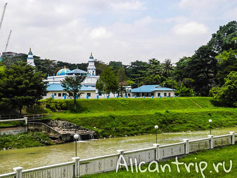 голубая мечеть в городе Ипох Малайзия