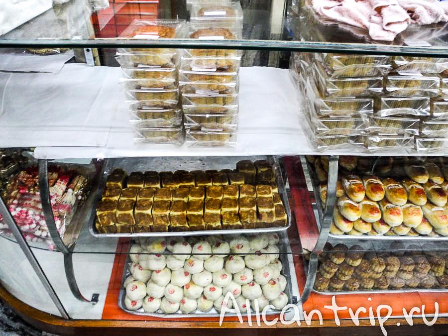 Еда в Китайском квартале в Бангкоке
