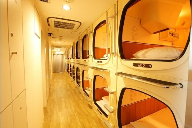 капсульный отель в токио