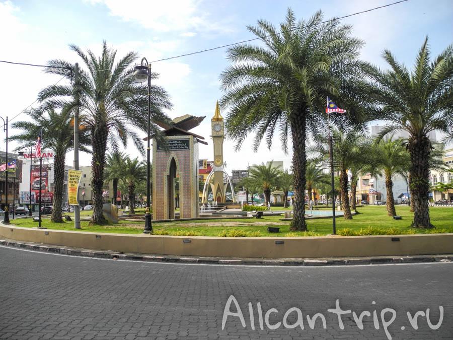 Площадь независимости в Кота-Бару