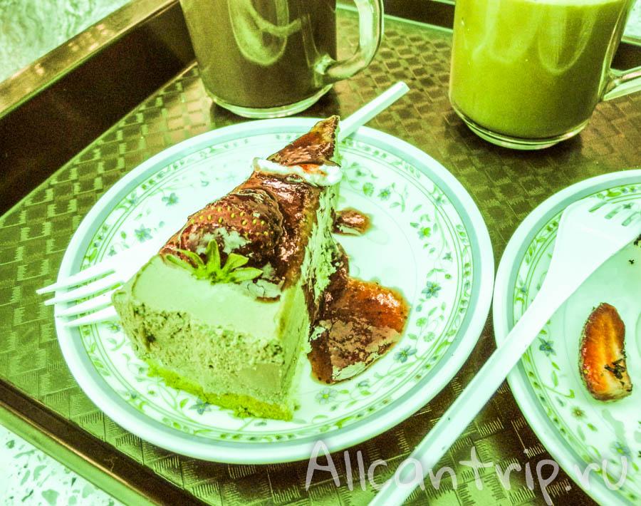 Клубничный чизкейк в малайзии