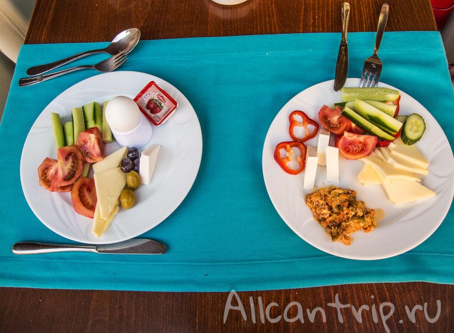завтрак в ozcan hotel Алания
