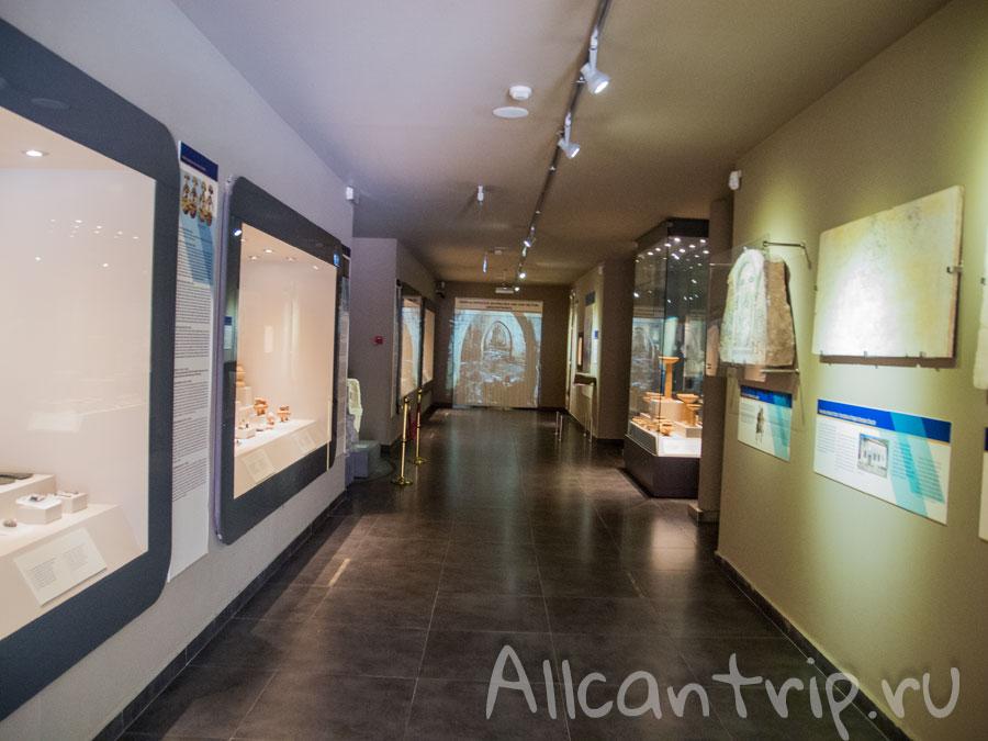 экспозиция археологического музея в аланье