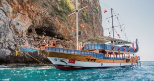 экскурсионные корабли в Алании