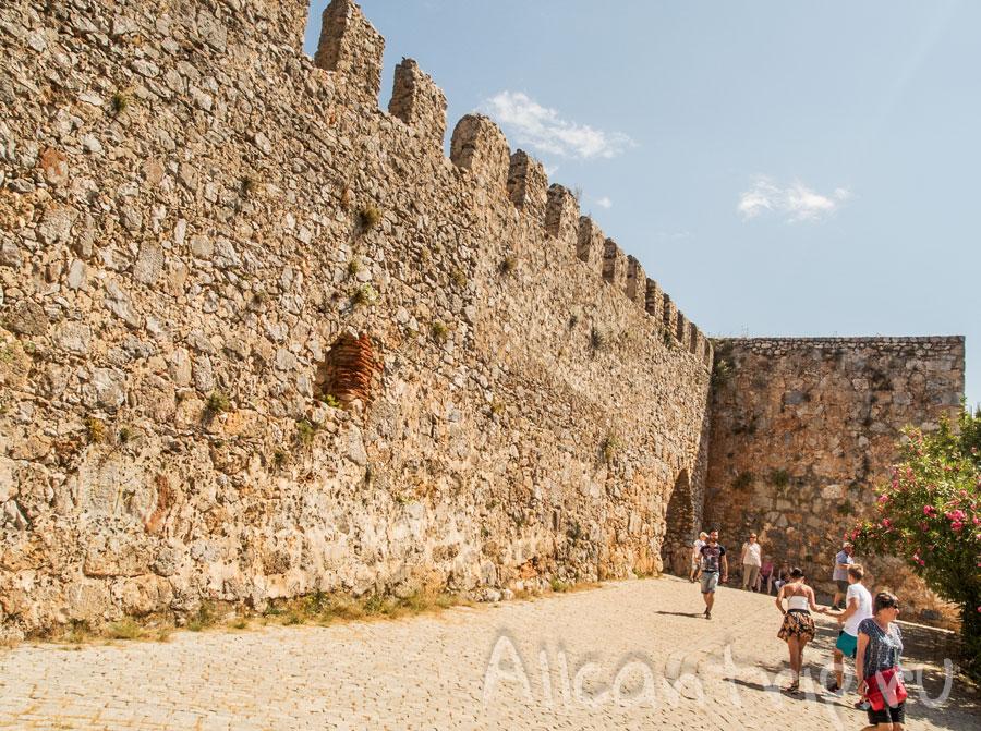 крепостные стены Алании