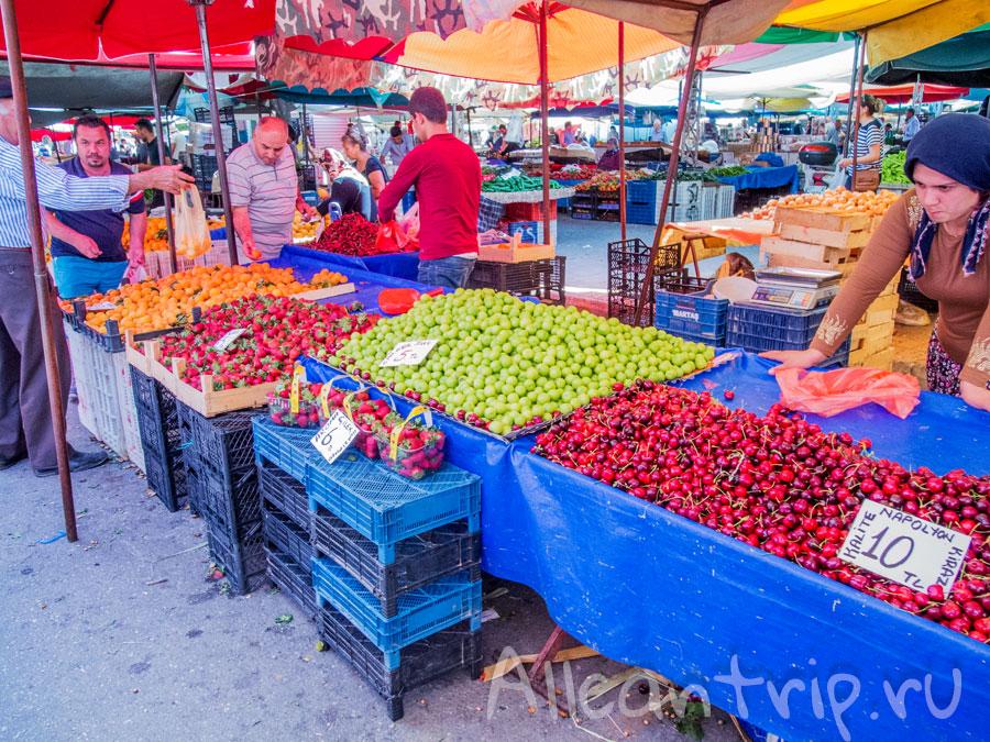 фрукты в Турции на базаре
