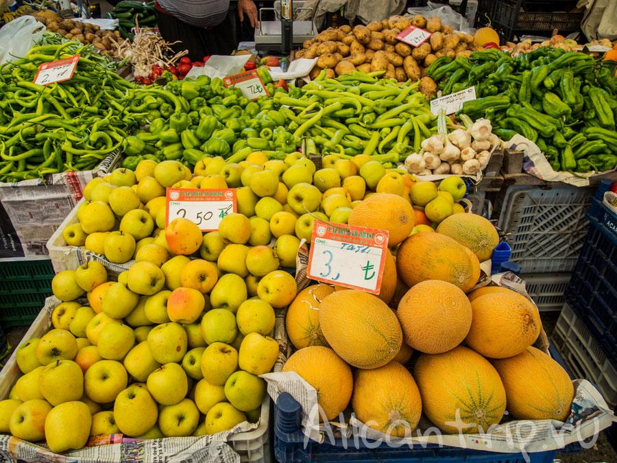 фрукты в алании на базаре