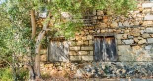 старинный дом местных в Турции