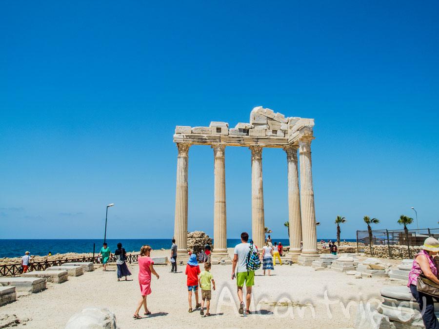 Храм аполлона в Сиде
