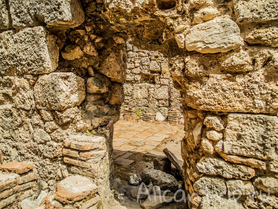 развалины древнего фазелиса кемер