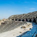 Руины античного театра Сиде – следы римской цивилизации в Турции