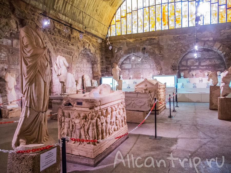саркофаги в Сиде