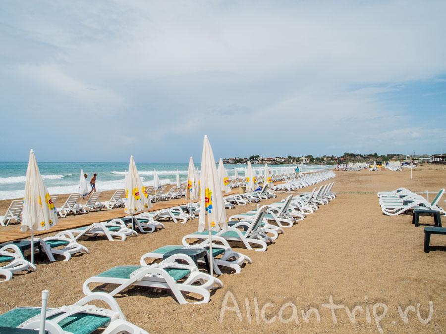 песчаный пляж Аполлона в Сиде