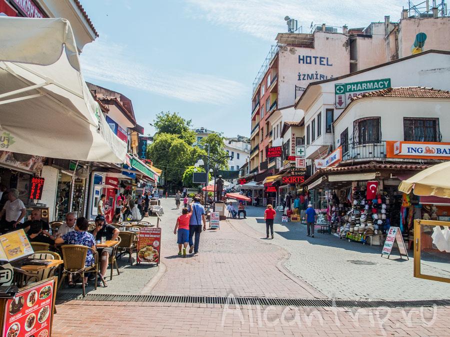 город Кушадасы в Турции