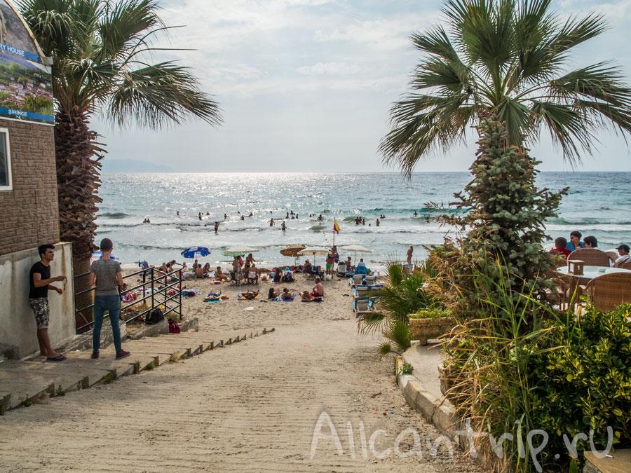 пляж в Кушадасы