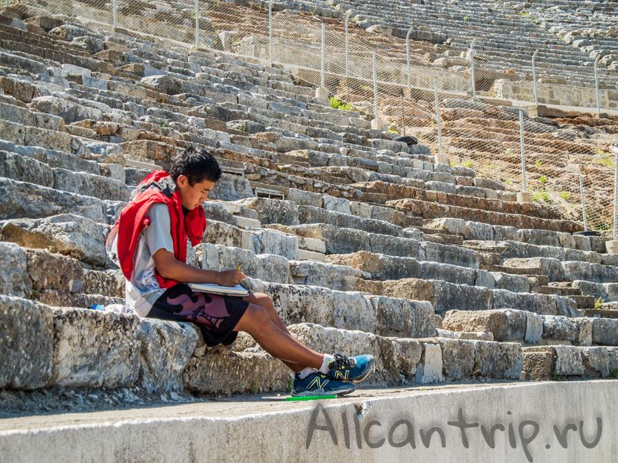 античный театр в Эфесе
