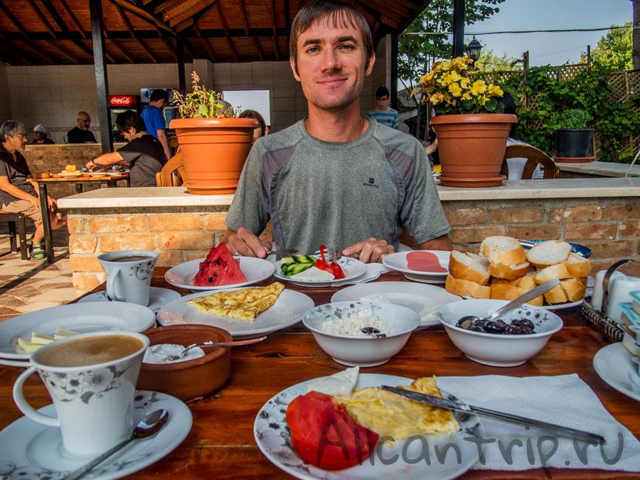 завтрак в отеле Памуккале