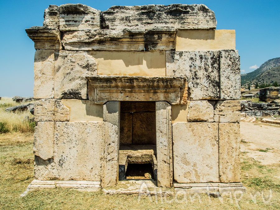 гробницы на территории Иераполиса