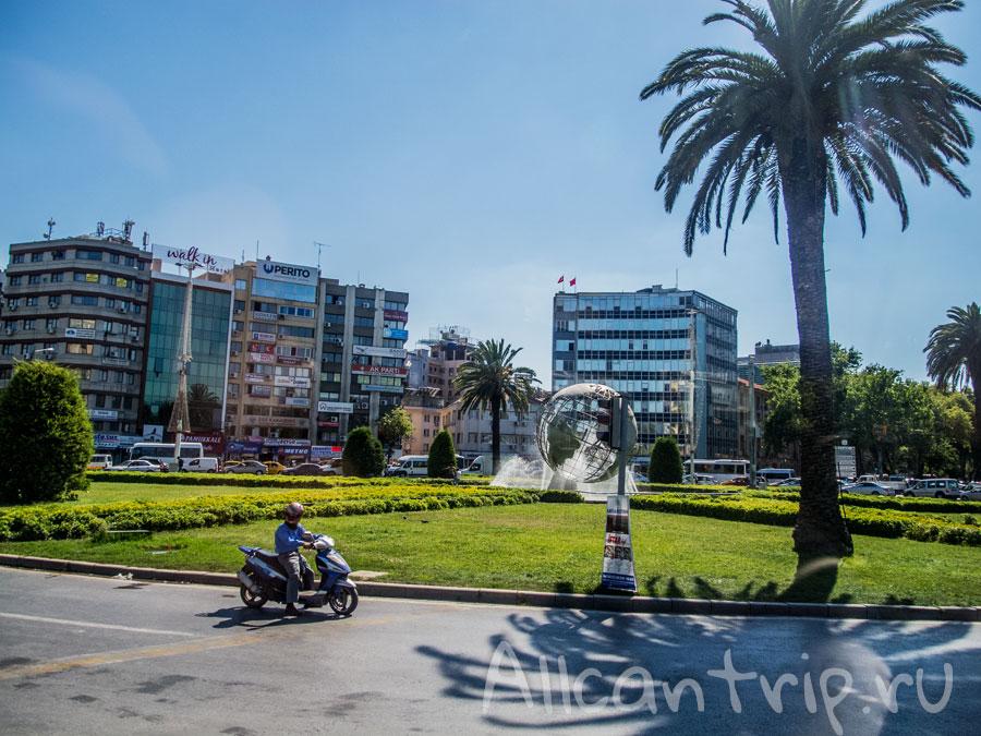 площадь Измира