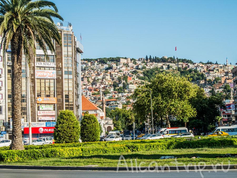 на улицах Измира Турция