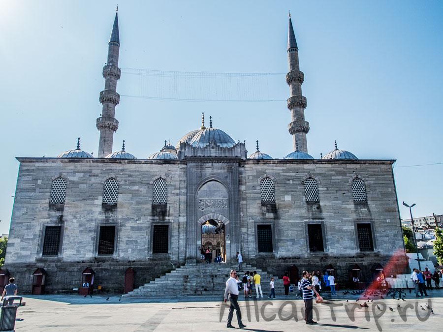 мечеть на площади Eminonu